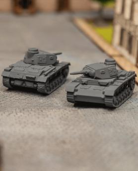 2 chars allemands Panzer III  ausf E
